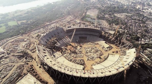 world's largest stadium