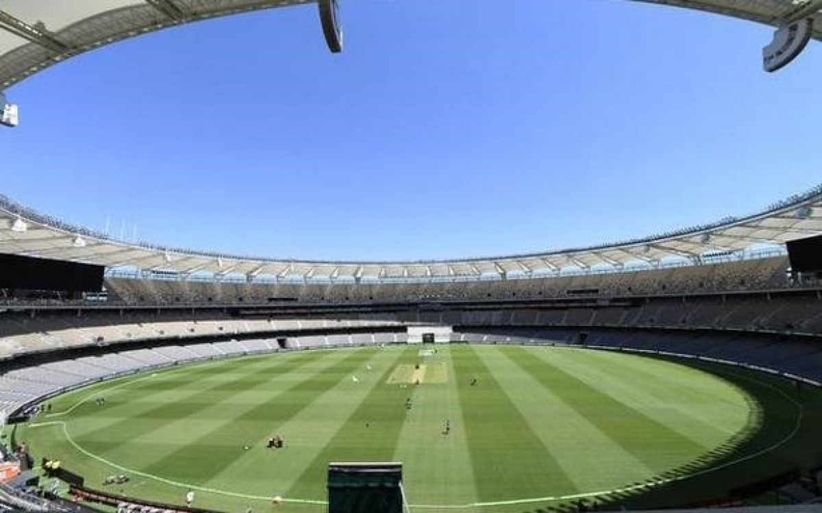 Men's And Women's Ashes Series
