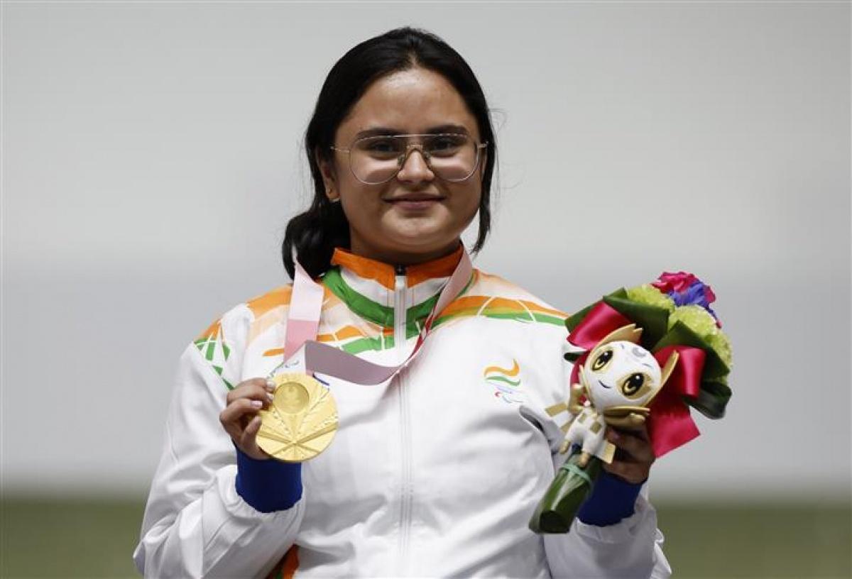 avani lekhara,who is avani lekhara,avani lekhara tokyo paralympics,abhinav bindra avani lekhara,avani lekhara gold medal paralympics,india at tokyo paralympics,