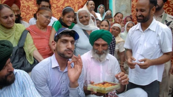 India's first ever NBA-drafted hoopster Satnam Singh Bhamara signs up professional wrestling deal with AEW