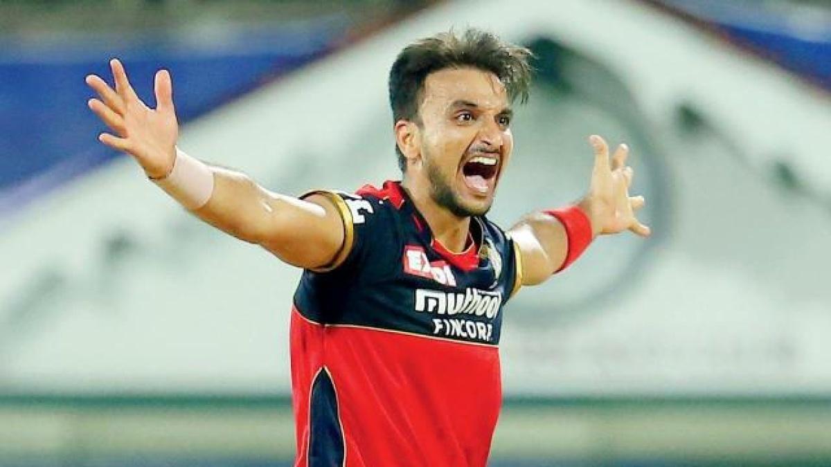 harshal patel,harshal patel 32 wickets,ipl 2021 wickets,IPL